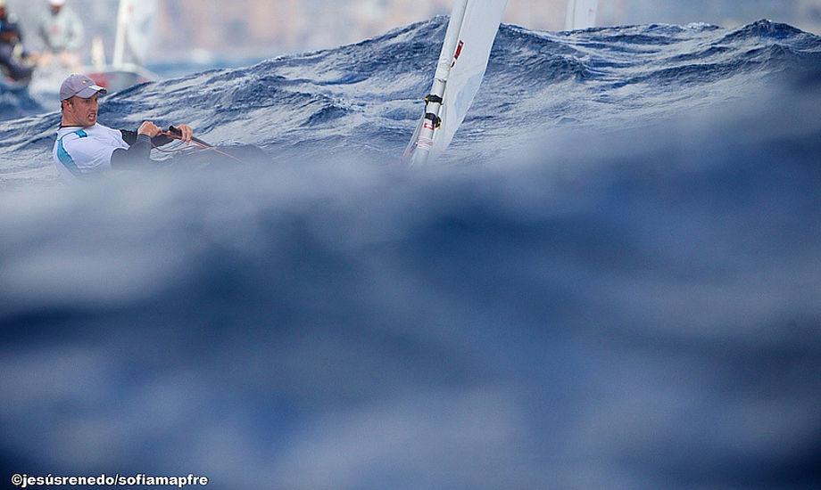En sejlklub behøver ikke have ret mange skolebåde og joller før det vil koste den ekstra 20.000 kroner om året, siger Steen Wintlev fra Dansk Sejlunion.