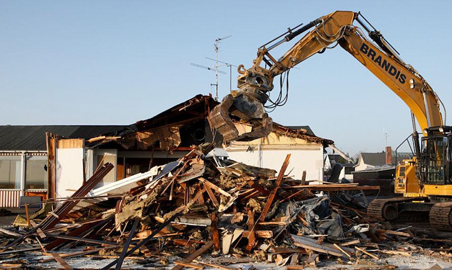 Klubhuset i Skovshoved er revet ned. Til maj står der et nyt klart. Foto: Per Heegaard/kdy.dk