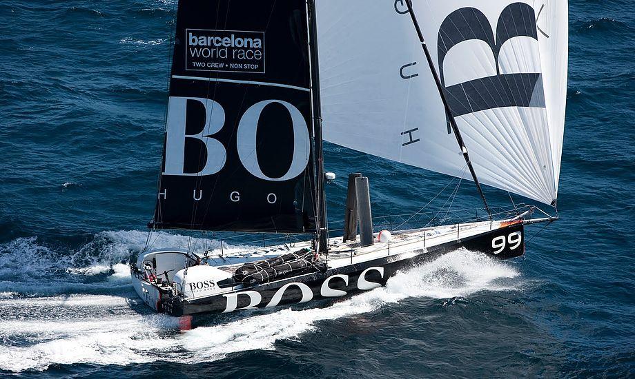 Her sejler Alex Thompson i sin Hugo Boss sponsorerede Open 60