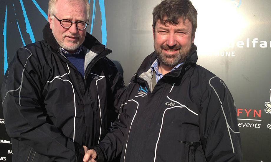 Morten Lorenzen, tv., formand for minbaad.dks bestyrrelse og meningsdanner her på siden, står her med direktør Jens Henrik Lund i Middelfart i går.