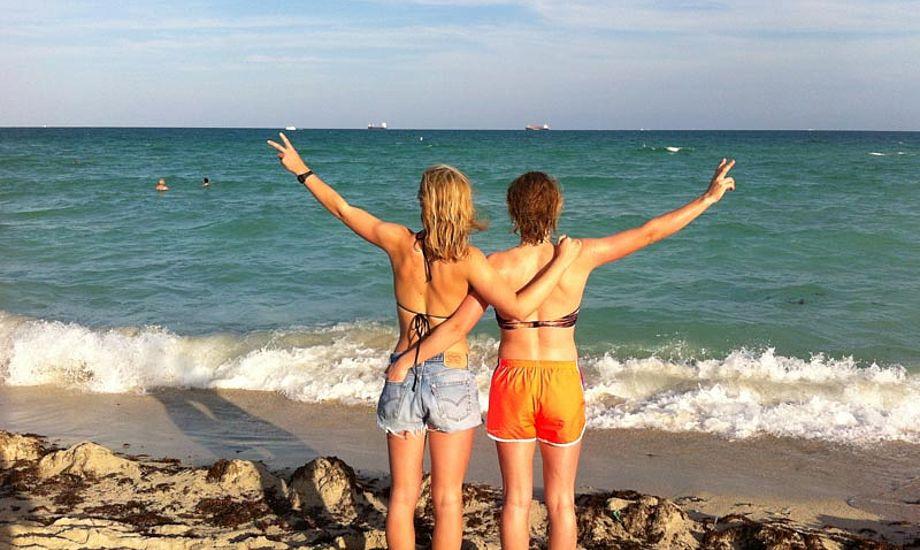 49pigerne kigger desværre mest ud på vandet disse dage. Her fra Miami Beach. Foto: 49erpigerne.wordpress.com