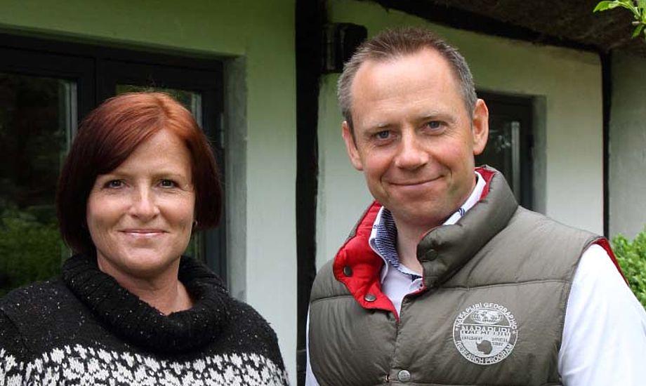Annette Hansen og Bjarke Johnsen fra Nordic People i Jyllinge, sætter nu mere fut under salg af Zhik i Danmark.