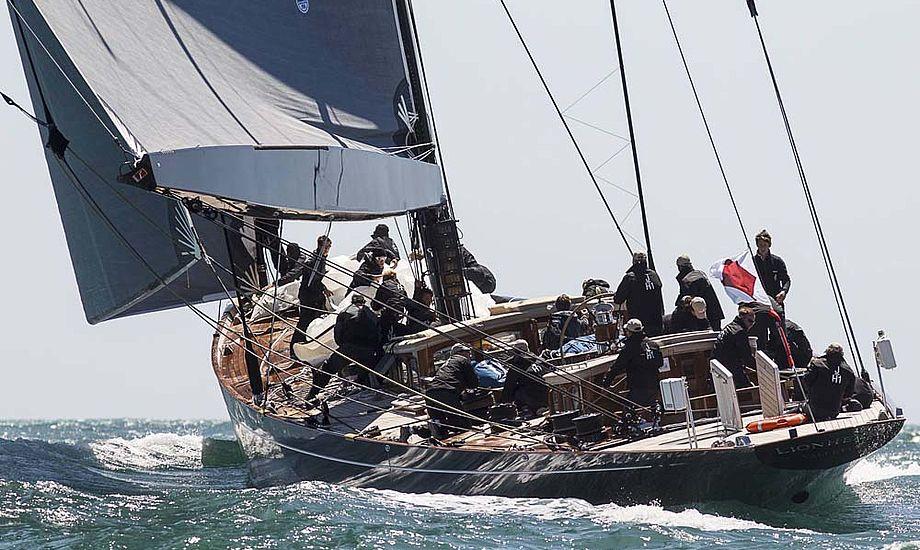 J-båden Lionheart har nøglepersonerne Bekking og Dolmer om bord på Mallorca.