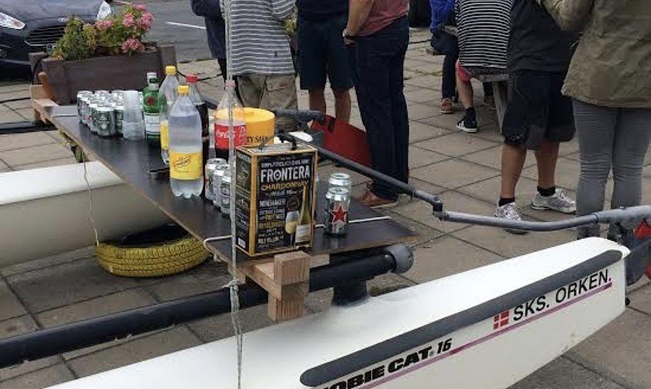 Den såkaldte 'Hobie-bar', som ventede sejlerne lørdag. Foto: Jon Møgelhøj