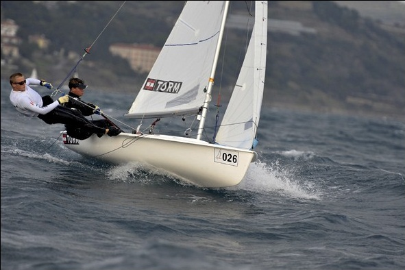 Besætningen har ambitioner om at tage nationpladsen for mænd i 470 til OL i 2012