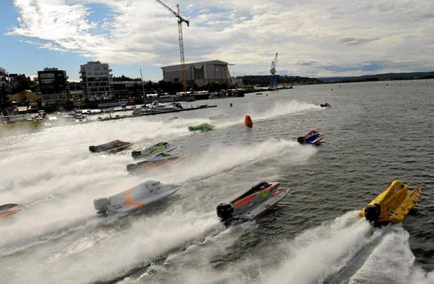 Havnefronten i Aalborg giver gode muligheder for at se de hurtige racerbåde helt tæt på. Foto: Privatfoto.