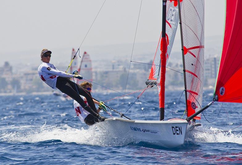Frederik Melson/Markus Nielsen (Middelfart Sejlklub) gjorde det godt med en samlet 7.plads efter mandagens tre sejladser. Foto: ISAF Media Library