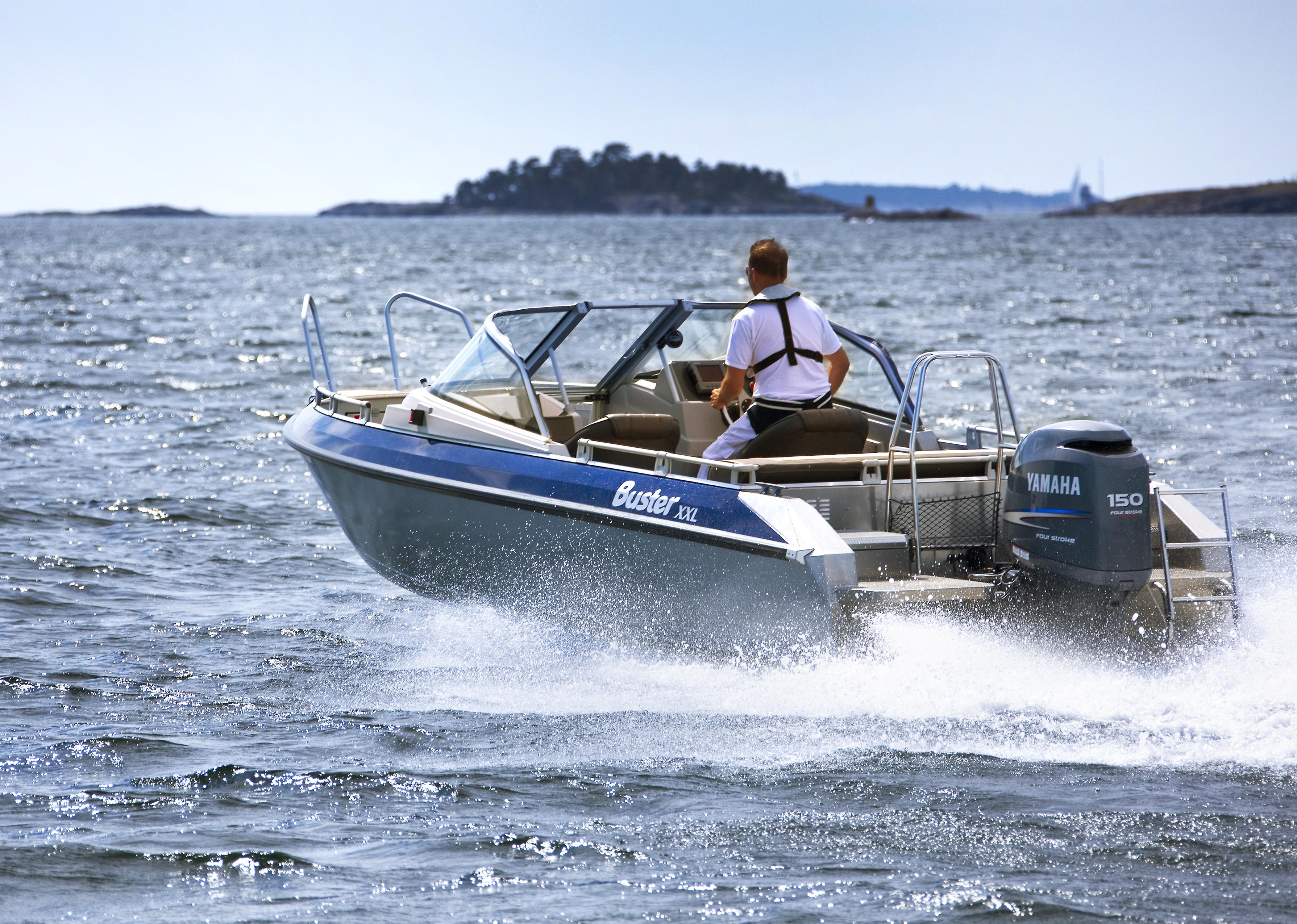 Motorbåds-ejerne har særligt haft sikkerhed og beklædning på ønskesedlen. Foto: Arkivfoto