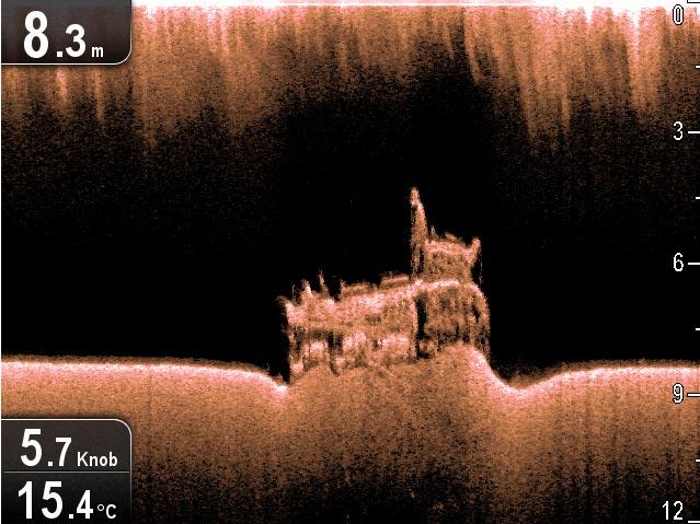 Vrag ses tydeligt på skærmen, som denne fra Italien. Foto: Raymarine
