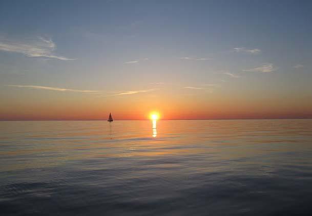 """Det var en laaaang tur i år rundt om Fyn for sejlerne. Hurtigste båd var Carbon3 i 30 timer. Foto: Molich 10 meter """"Øglen"""""""