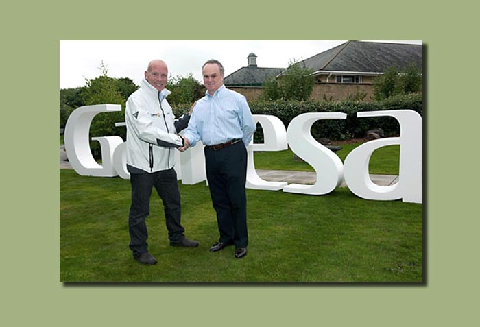 Mike Golding offentliggør sin nyeste sponsor – vindmølle virksomheden GAMESA