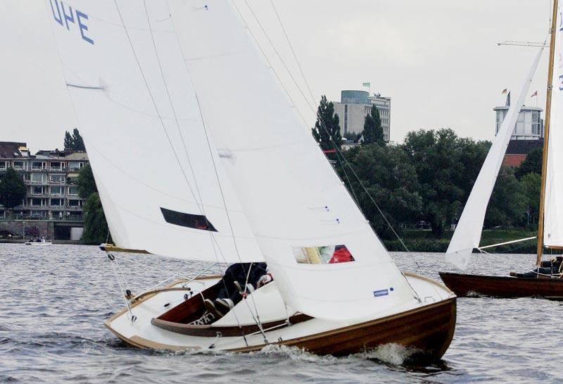 10 danske og tyske KDY15m2 juniorbåde kan ses i Svendborg i weekenden. Foto: Carstenrichter.com