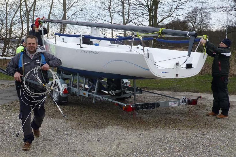 Båden er pakket og klar - der mangler bare lige en dansk nummerplade. Foto: Per Carlsen