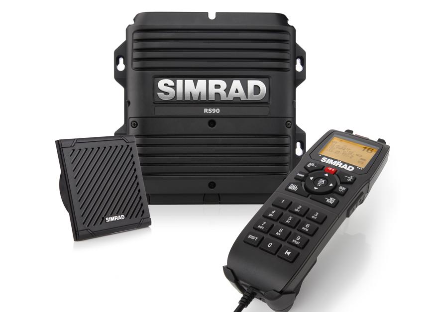 Simrad RS90 VHF kommer nu til foråret og kan købes hos autoriserede forhandlere fra 5.953 kroner.