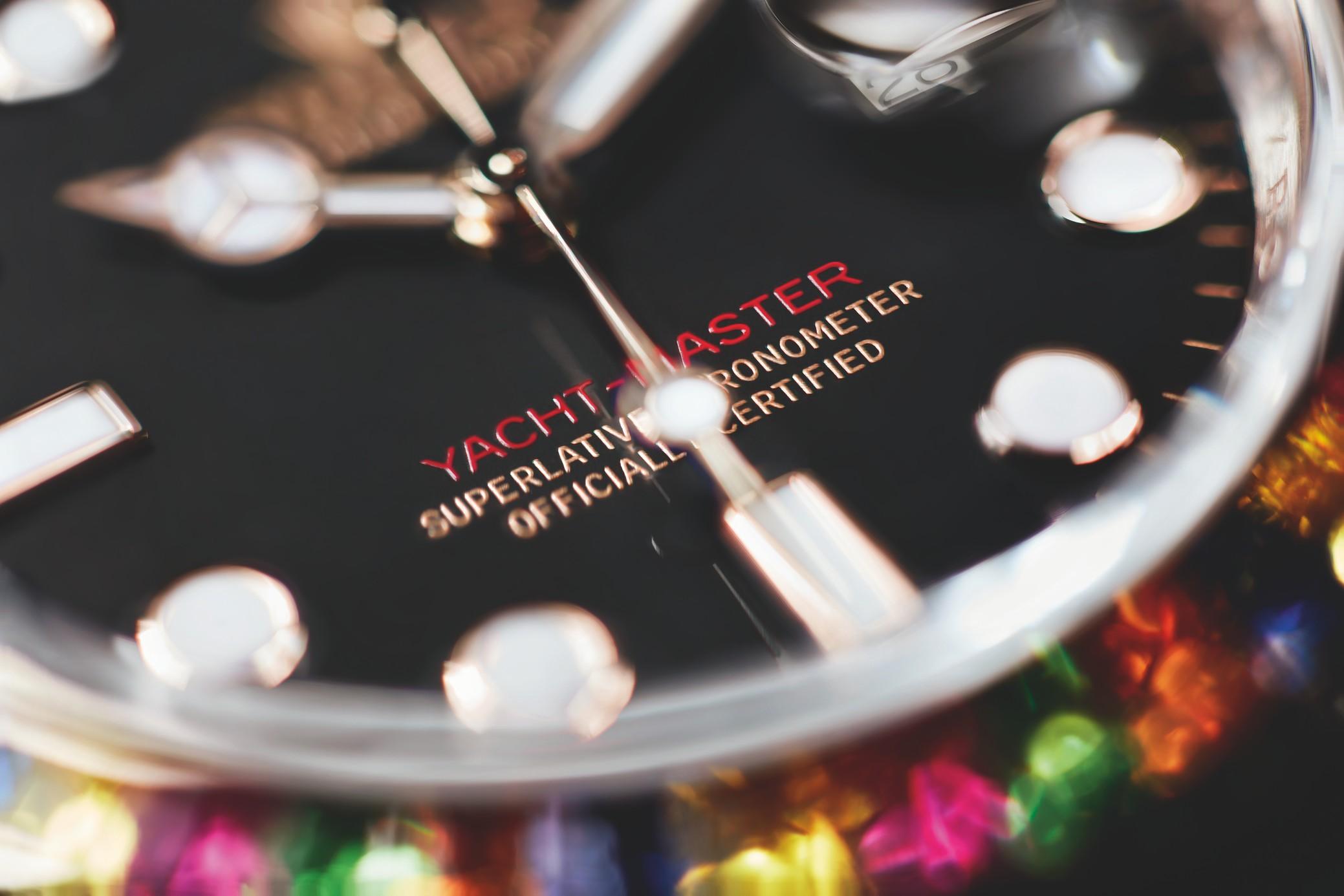 Selv om Rolex er et konservativt mærke, så kommer der trods alt nye modeller hvert år og de er naturligvis med i bogen. Foto: Rolex
