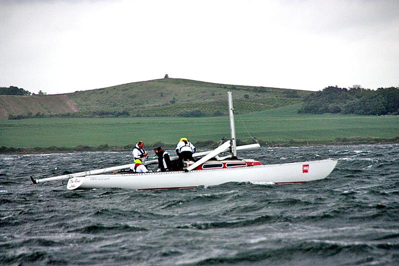Den Røde Løber lagde masten ned men ingen kom til skade. Foto: Knud Graversen