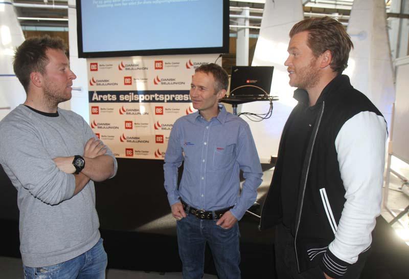 Skal DS-formand Hans Natorp, i midten, have løn for at være formand? Foto: Troels Lykke