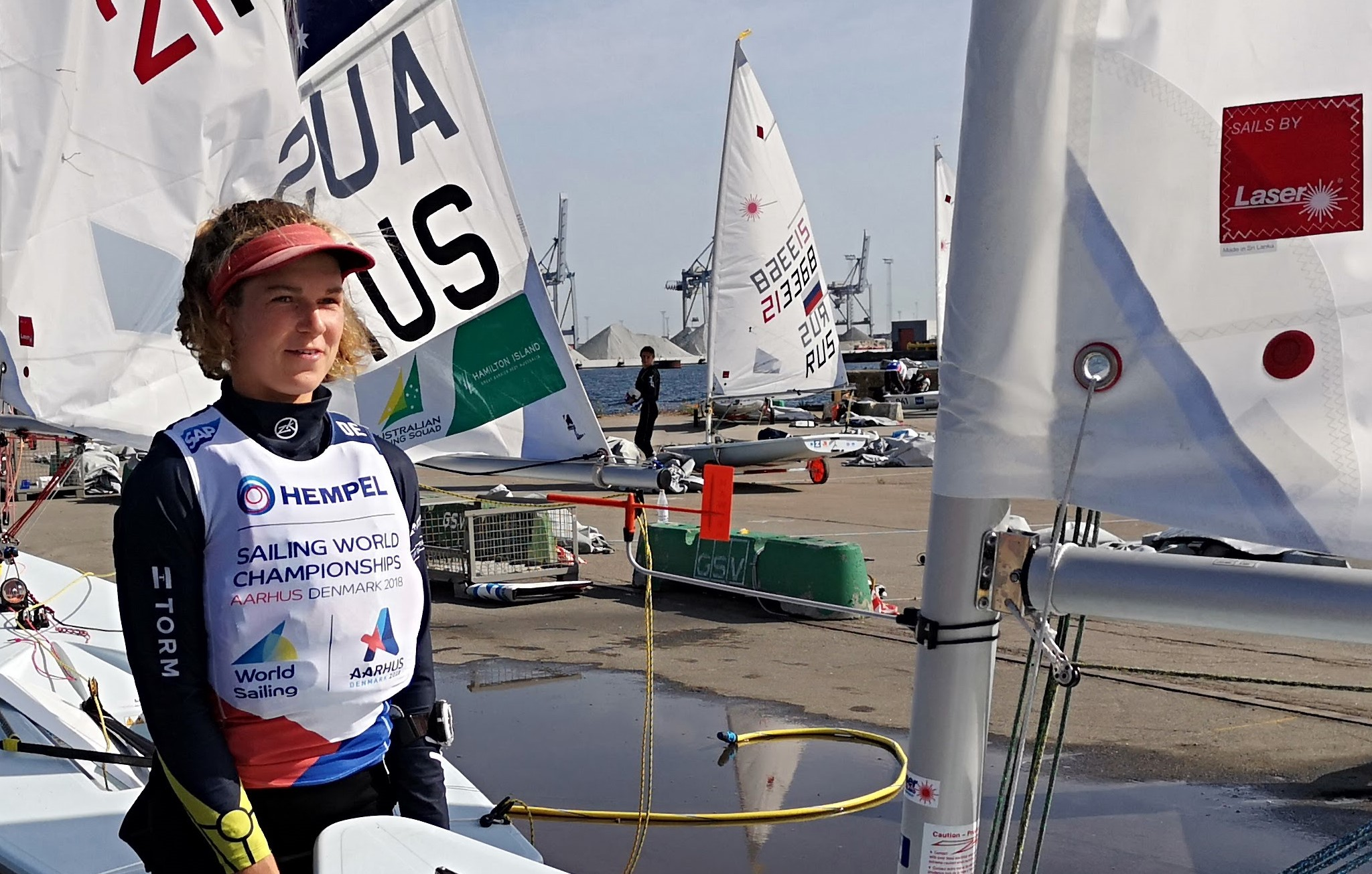 Den 20-årige Laser Radial-sejler fra Kaløvig Bådelaug, Anna Munch, har haft et formidabelt 2018. Hende mor var også et kæmpe talent i 470er. Foto: Troels Lykke