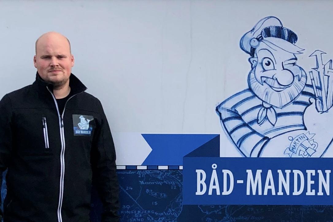 Martin Nielsen har søsat virksomheden Båd-Manden.dk, der skal servicere sejlere på nettet, værkstedet og i havn. Foto: Båd-Manden.dk