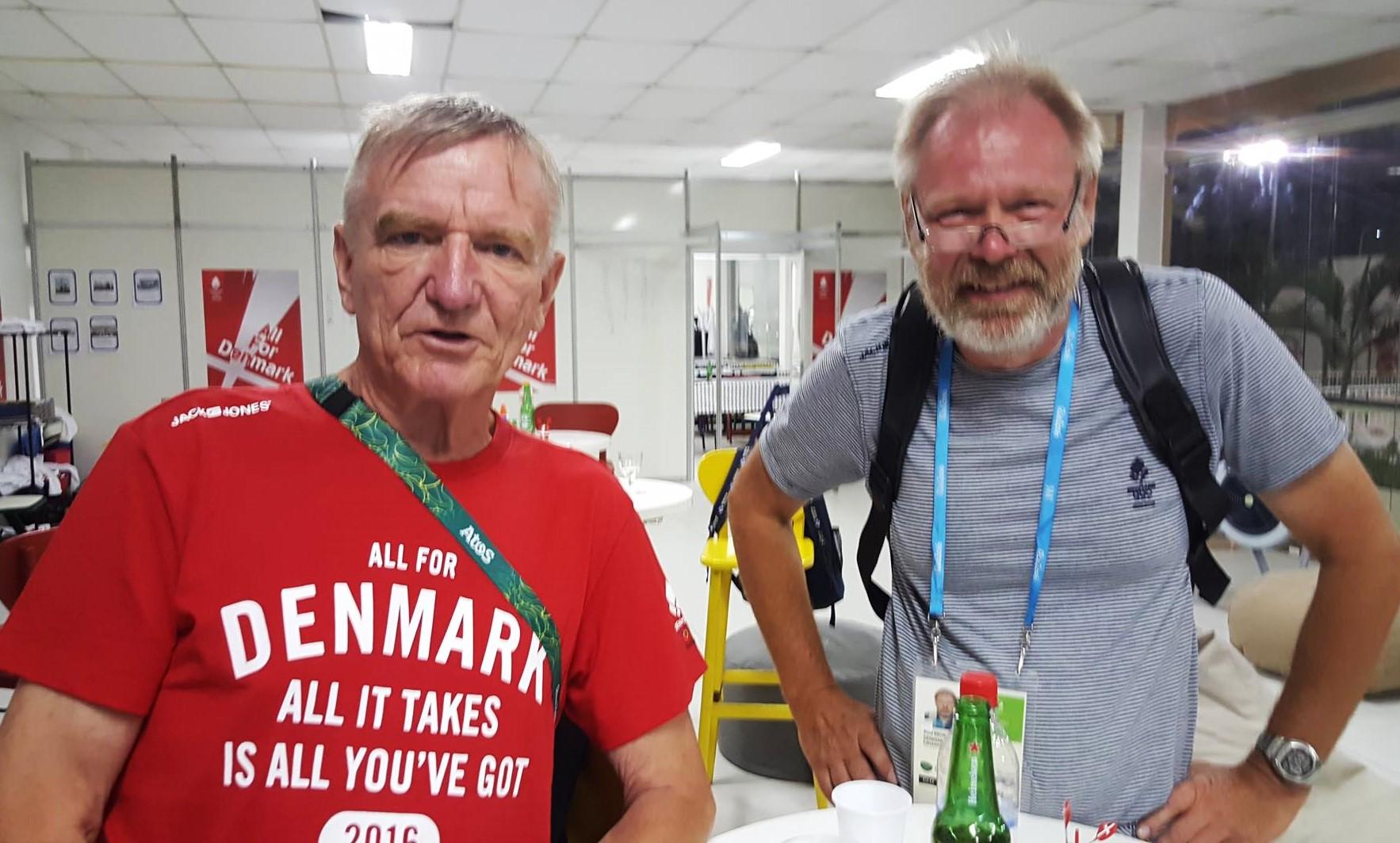 Bådebyggerne fra Holbæk-bådværftet Brøker & Nielsen, Hans Nielsen, tv. og Poul Brøker, tog sig især af Finnjollen, men også 49erFXeren, der var flere kilo for let.