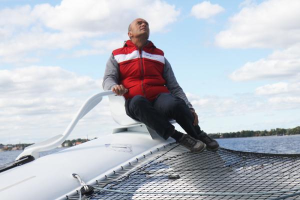 Se Jesper Bank på TV 2 i aften. Her sejler han på Carbon3. Foto: Troels Lykke