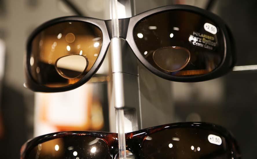 1af62fd165db Barz-solbrillerne har et læsefelt som ses. Og der er styrke i dem.