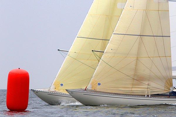 Fjern dyrt navigationsudstyr fra din båd om vinteren, lyder rådet fra Pantaenius.