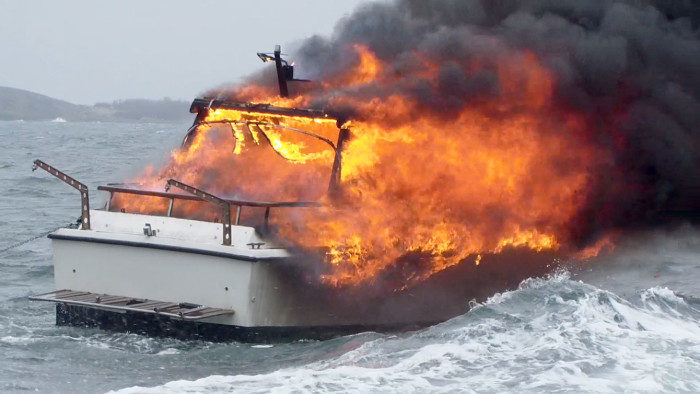 Blot en mindre brand kan få store konsekvenser på båden. Foto: Arkivfoto