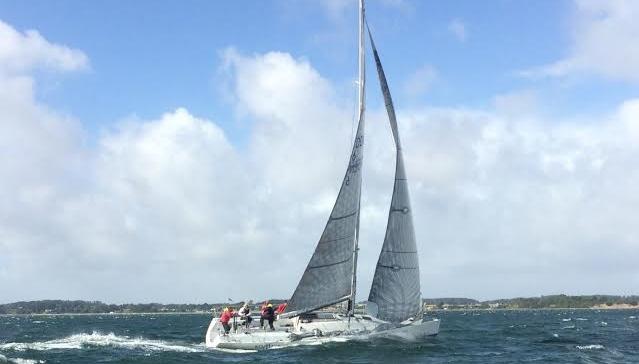54 både deltog i 2015-udgaven i Brandsø Rundt, hvor mange måtte udgå i den hårde vind. Foto: Claus Svenningsen