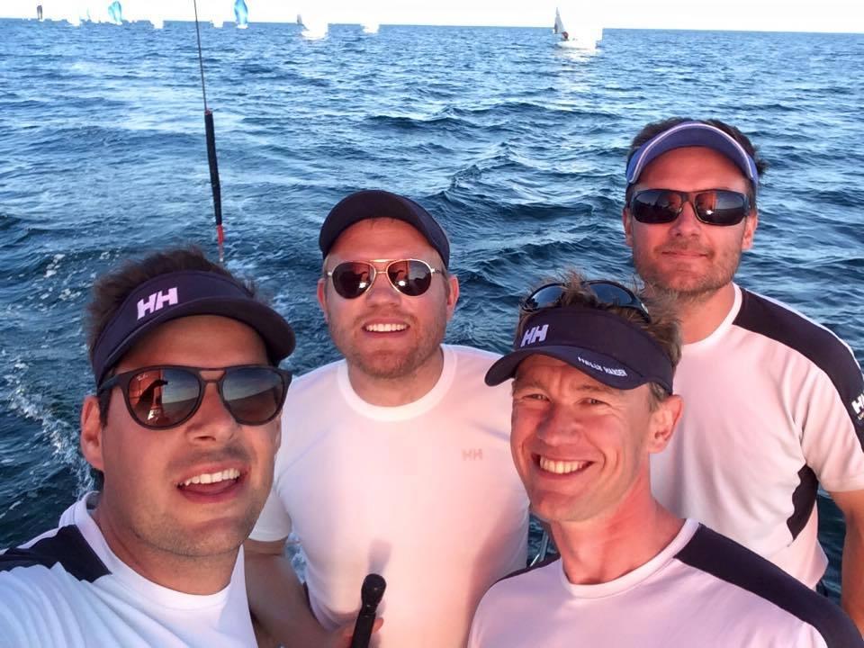 Vinderne ved Melges 24 DM. Fra venstre ses Søren Steen, Kris Houmann, Rasmus Melsen og Rasmus Damsgaard.