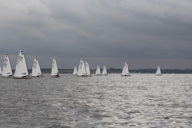 Ungdomsklasserne samledes i weekenden til ungdoms grandprix. Ejoller sejlede DM. Foto:Mikkel Mogensen