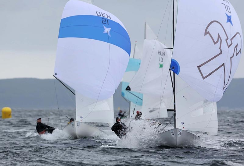 Jørgen og Jacob Boisen-Møller ligger på en 3.plads, efter to sejladser til VM for Flying Dutchman i Skotland. Foto: Marc