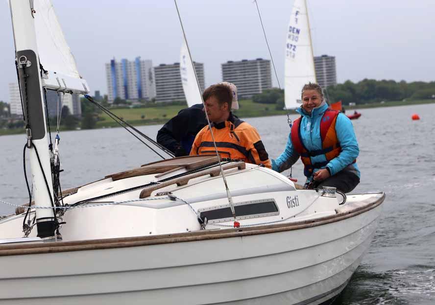 Ditte Andreasen og besætning er klar til DM i Kragenæs Sejlklub, der er kendt for at lave hyggelige stævner. Foto: Troels Lykke