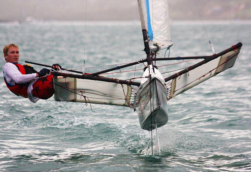 Der skal simpelthen mere fart på OL. Foliling Moth er et bud. Foto: easterregatta.com.au