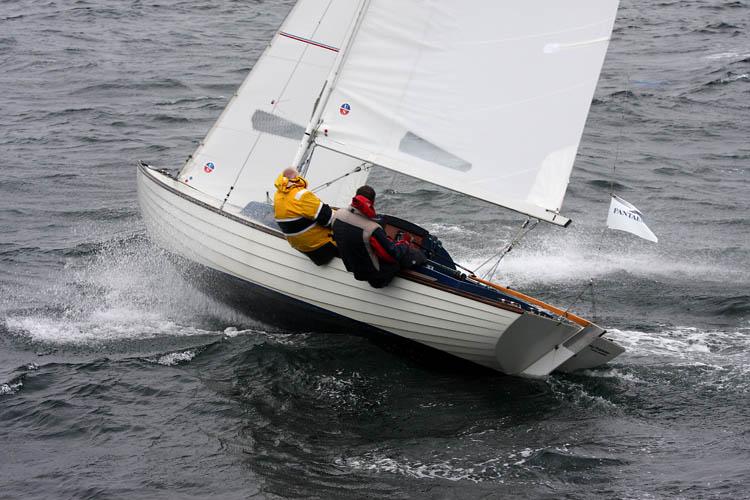 FD 691 med Michael Belvad og Flemming B. Jensen har lagt sig i spidsen for AFI Marine Two Star. Foto: Pantaenius / Niels Kjeldsen
