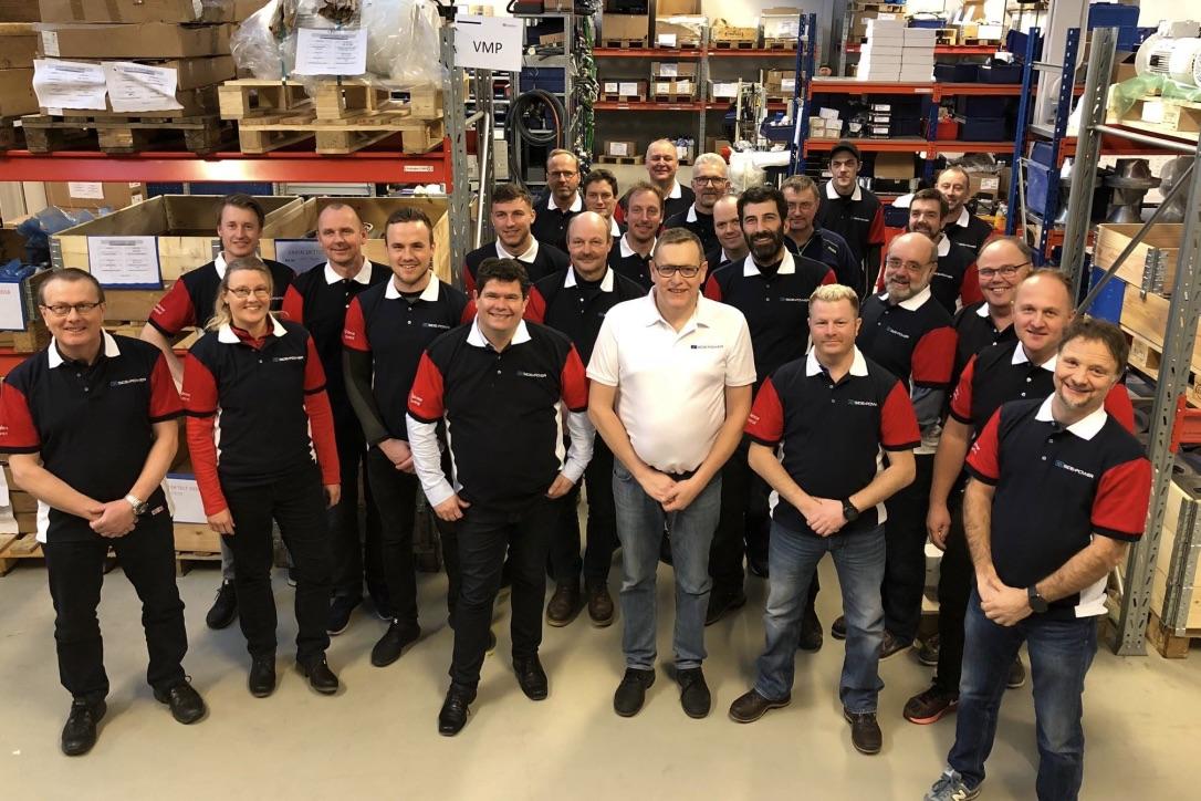 De danske forhandlere fik undervisning om produkterne fra Side-Power i Norge. Foto: PR-foto