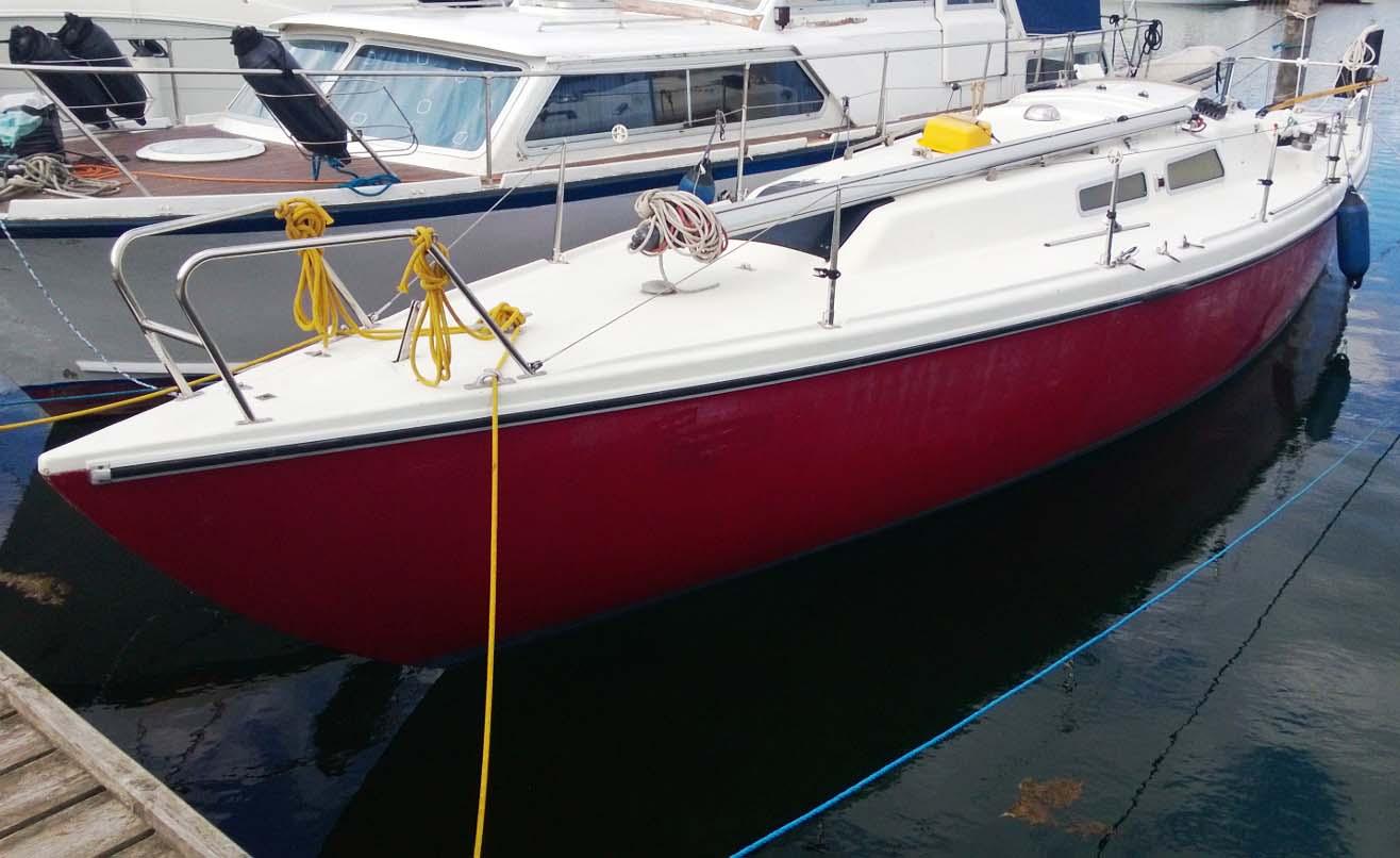 Den sejlbåd har jeg ikke set før, har du? Er det en dansk konstruktion? Foto: Troels Lykke