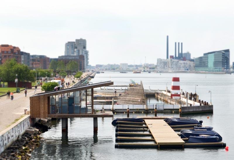 Goboat ligger mellem havnebadet og Langebro i København. Foto: Goboat.dk