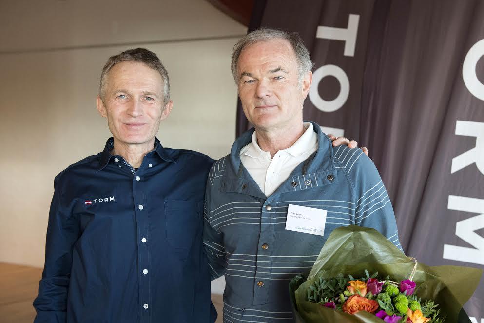 Hans Natorp, nu tidligere DS-formand og Dan Ibsen, ses her i Svendborg i lørdags på generalforsamling. Foto: Flemming Ø. Pedersen/Dansk Sejlunion