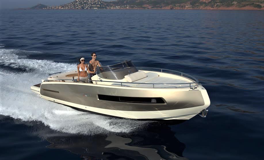 Italienske Invictus Yachts sælges nu i Helsingør. Bådene findes i dag fra 19 fod og op til 42 fod. PR-foto