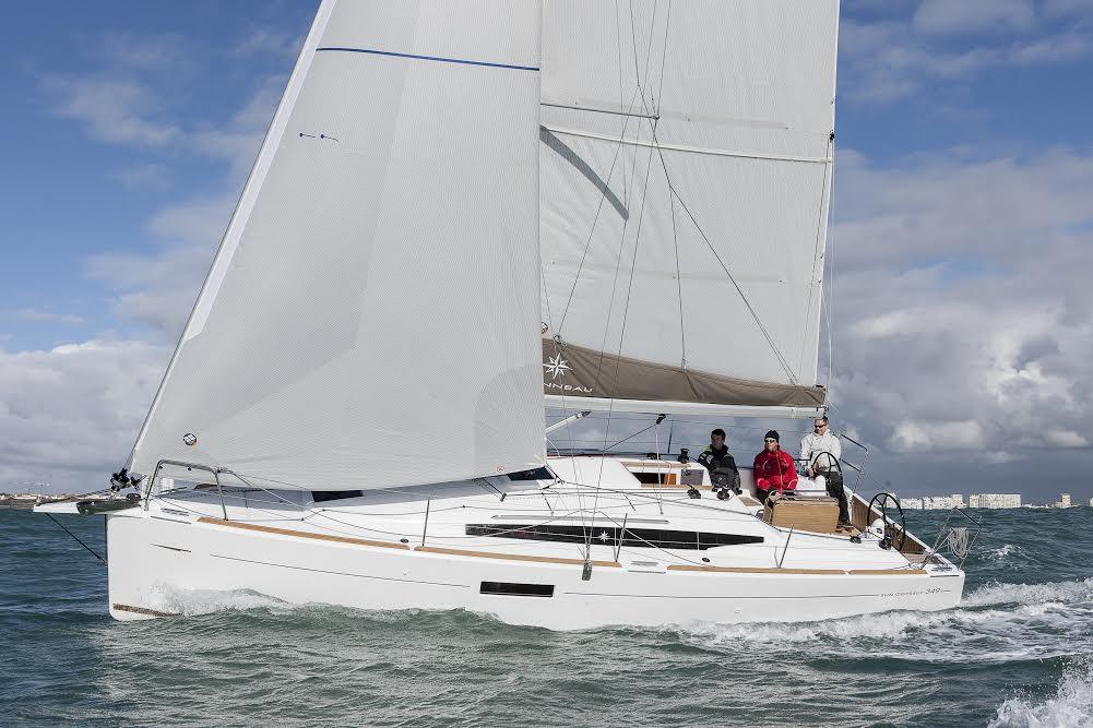 Sun Odyssey 349 har solgt godt i Europa. Minbaad.dk har tidligere testet båden, der er velsejlende. Størrelsen er populær på det danske marked. PR-foto