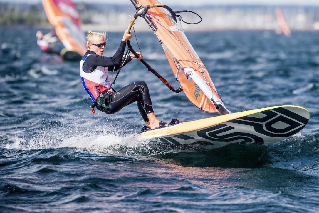Deltagerne kunne glæde sig over at dyste i alt fra 4-5 til 25 knobs vind. Foto: Sailing Energy