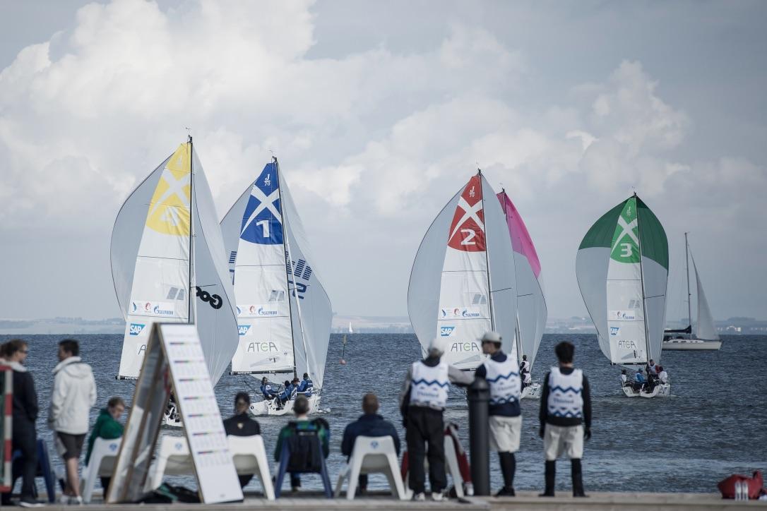 18 teams fra 2. division sejler i Skovshoved i weekenden. Foto: Sejlsportsligaen