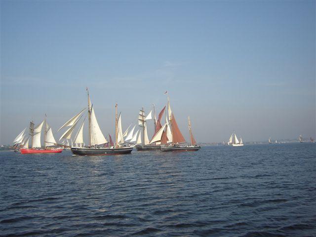 Sejladsen går fra rundt om Mors og ligger til i Løgstør, Thisted, Struer, Nykøbing Mors, Fur og Skive.