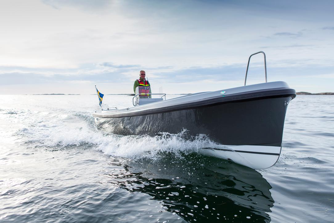 Nautus 7-50 måler 7,5 meter og har en topfart på 25 knob. Foto: Nautus.