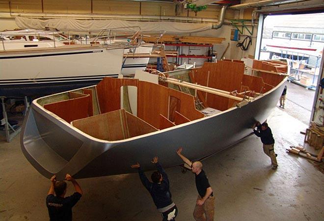 Dejligt at der lidt gang i bådbranchen, på trods af krise. Foto: seilas.no