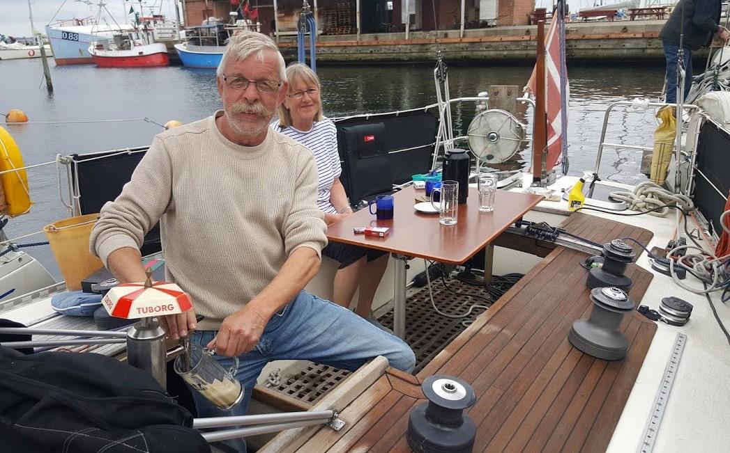 Ægteparret har betalt 3.000 kroner for deres fadølsanlæg, som er på deres Swede 38. Foto: Troels Lykke