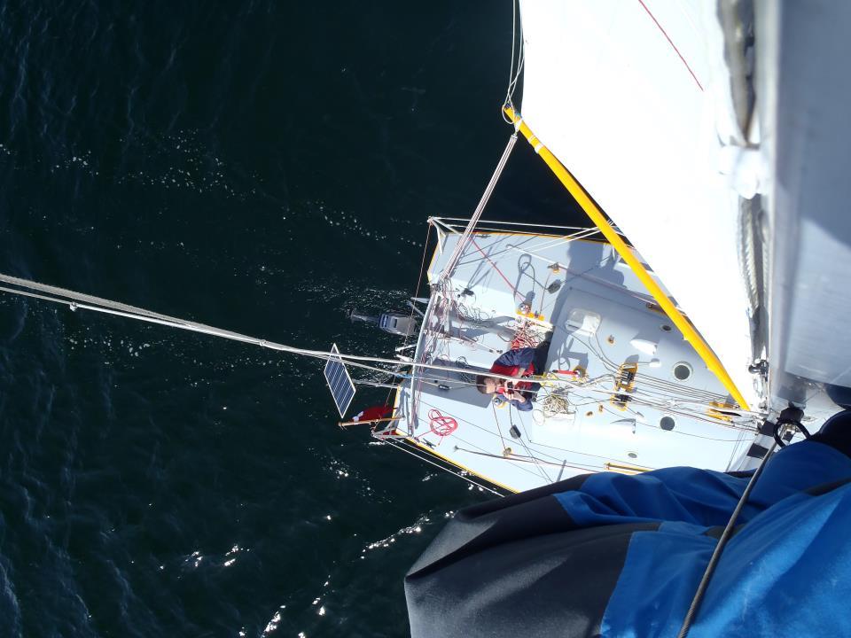 Sådan ser Oles Mini Transat 650 ud fra toppen af masten.