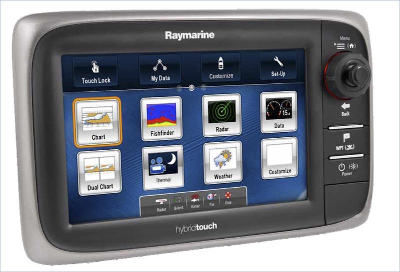 Raymarines nye e7 HybridTouch MultiFunktions Plotter har indbygget natnavigation med termisk kamera. Foto: Raymarine