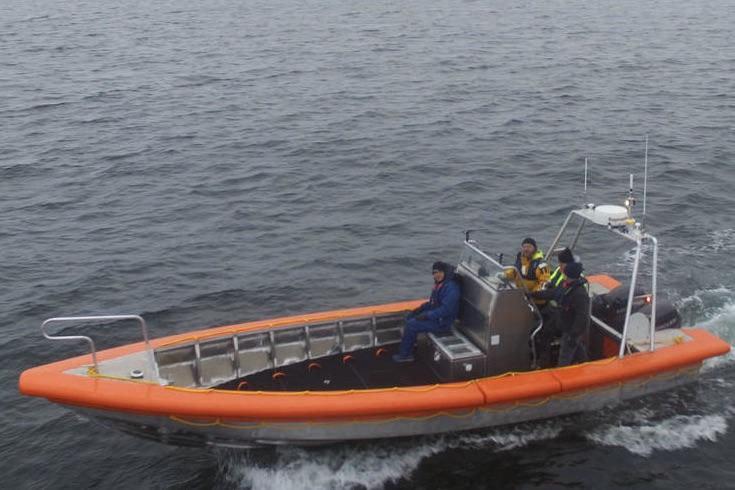 Efter et par måneder på værftet i Svendborg er redningsfartøjet nu klar. Her under en testsejlads. Foto: Svendborg Yacht Værft